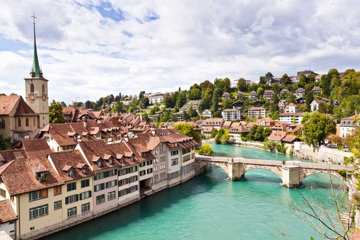 中世の街並みを今に伝えるスイスの首都ベルン 絵のように美しい街並み!スイス「ベルン旧市街」の絶景&歴史まとめ