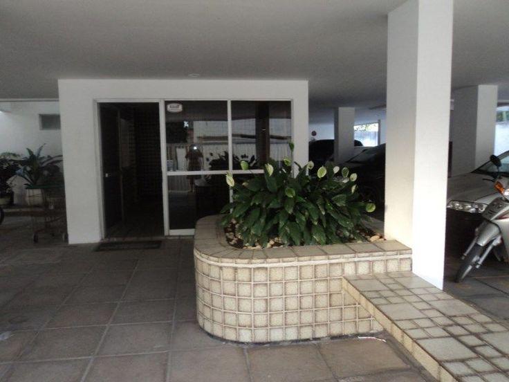 venta de apartamentos con 02 habitaciones decoradas lavadero cocina balcón completa dependencia de baño de limpieza y 02 garajes vacantes zancos cubiertos de elevación frontal recepción las 24 horas puerta electrónica calle pavimentada cerca eléctrica cerca de la playa y de comprasGran Recife-Pernambuco (Jaboatão dos Guararapes).teléfono fijo 55.81.3061.1206teléfono celular55.81.9 9688,3458WhatsApp ....  55 81 9 9688 3458