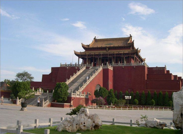 Daxiangguo Temple, Kaifeng   ... Ancient Kaifeng City (Tips) by Selina Ou on Nov. 14, 2013 in Kaifeng 0