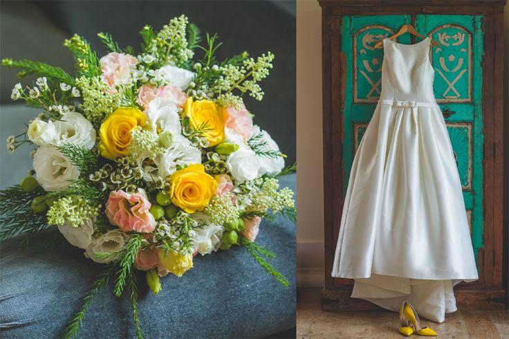 Vintage Wedding Bouquet and Wedding Dress - www.myvintageweddingportugal.com | #weddinginportugal #vintageweddinginportugal #vintagewedding #portugalwedding #myvintageweddinginportugal #rusticwedding #rusticweddinginportugal #thequinta #weddinginsintra #summerweddinginportugal