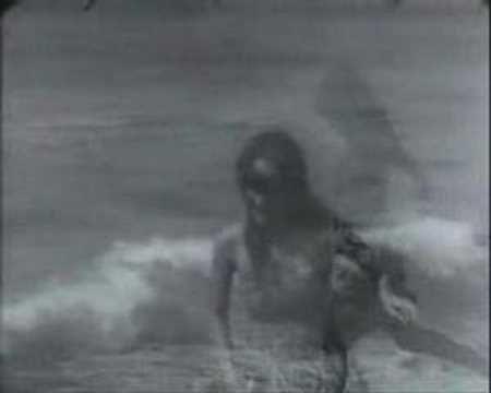 Eugenio Montale - Ho sceso, dandoti il braccio