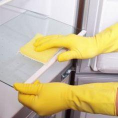 Un nettoyant pour le réfrigérateur