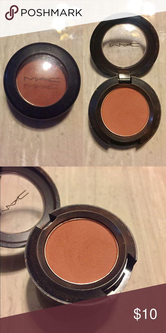 Mac Cosmetics Eyeshadow - Brown Script Mac Cosmetics Eyeshadow - Brown Script MAC Cosmetics Makeup Eyeshadow