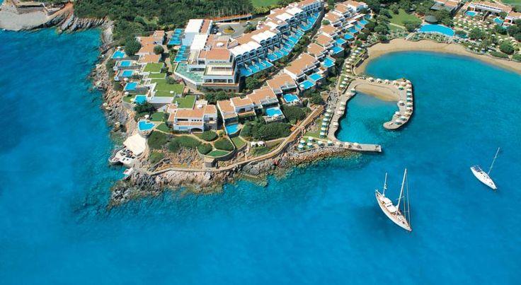 €654,40 Surplombant la baie d'Elounda, l'Elounda Peninsula All Suite Hotel offre une vue sur la baie de Mirabello et la mer Égée.