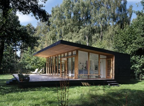 Black Diamond: Angular Forest Retreat with Minimalist Flair decoration ideas  55298  modern forest cabin 1