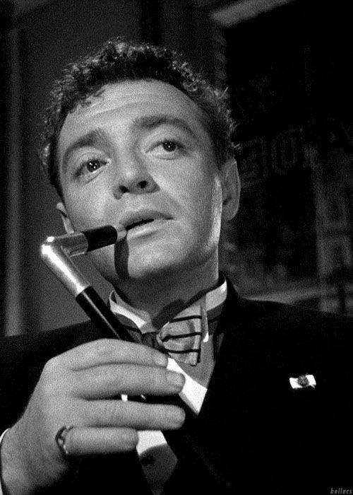 Peter Lorre in The Maltese Falcon (1941) as Joel Cairo, looking for the bird.