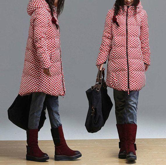 Moda rojo lunares abajo abrigo de invierno largo por dreamyil, $239.00
