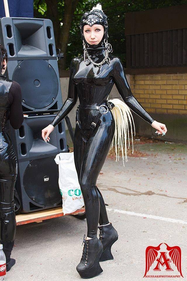 Would dream Samhain human pony girl got problem lmao