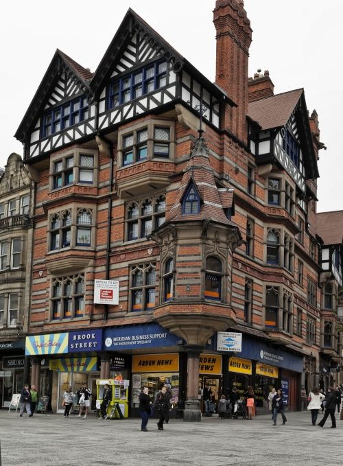 Queens Chambers, Nottingham - Nottingham architect Watson Fothergill built Queens Chambers in 1897. Photo by M3Wheels