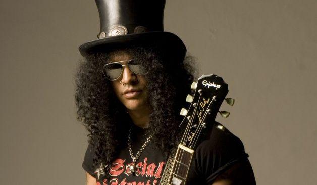 """Imágenes de exceso: Slash estrenó el lyric video de """"World on fire"""""""
