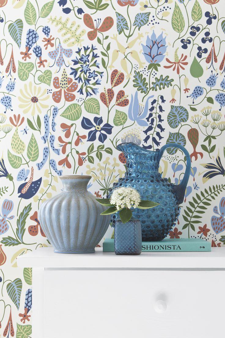 Herbarium by Stig Lindberg. Wallpapers by Scandinavian designers.