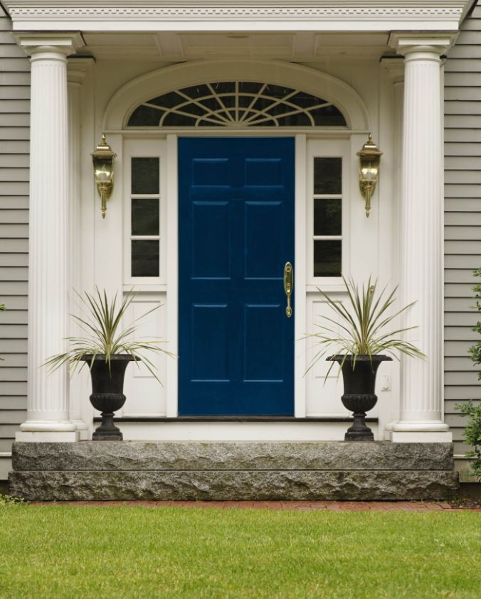The 10 Best Front Door Colours ||  French Navy Blue || Like a uniform or a great business suit, this colour commands respect. A door colour that says 'sophisticated success'.