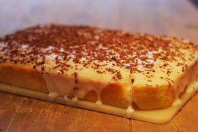 Dette er en frisk kake, både veldig saftig og enkel å lage!