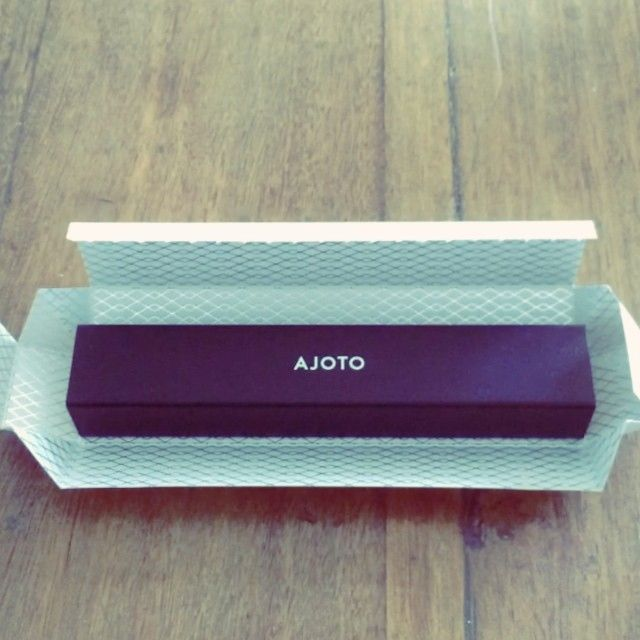 INSTAGRAM: My AJOTO pen in black anodised aluminium! #ajoto #unbox #stationaryporn #arcadefire #flashbulbeyes - ashtonpereira (@Ashton Pereira)