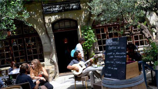Comptoir des Vins et Terroirs - Une pépite au cœur de la Cité de Carcassonne : Cave et Bar à Vins pour moments privilégiés au pays d'Olivier Zavattin. Bienvenue dans un petit paradis d'excellence!