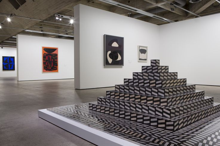 VICTOR VASARELY / OPTICAL PAINTINGS at EMMA 08.10.2014 to 11.01.2015.