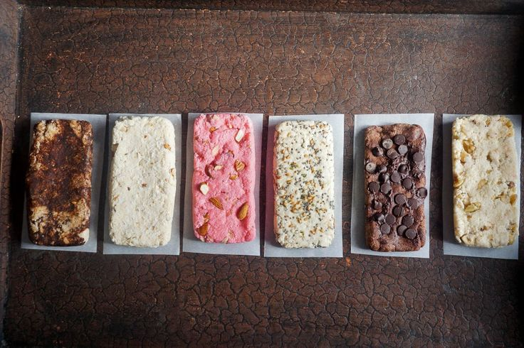 A simple and fast tutorial on how to make quest bars using prebiotic fiber, protein powder, and almond flour. The key to getting a consistently delicious bar