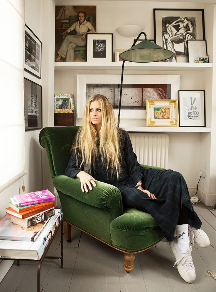 Model, creative director and Vogue contributing editor Laura Bailey talks us through her reading list.