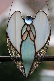 Gorgeous stained glass Angel would be a perfect christmas tree decoration. Difficulty- Medium