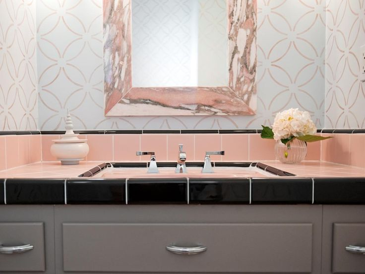 Reasons to Love Retro Pink-Tiled Bathrooms | Decorating and Design Blog | HGTV