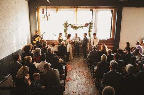 Union Pine — Portland, Oregon | 15 Absolutely Stunning Wedding Venues That Cost Less Than $3,000
