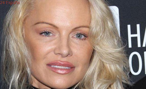 Pamela Anderson, irreconocible tras pasar por el quirófano