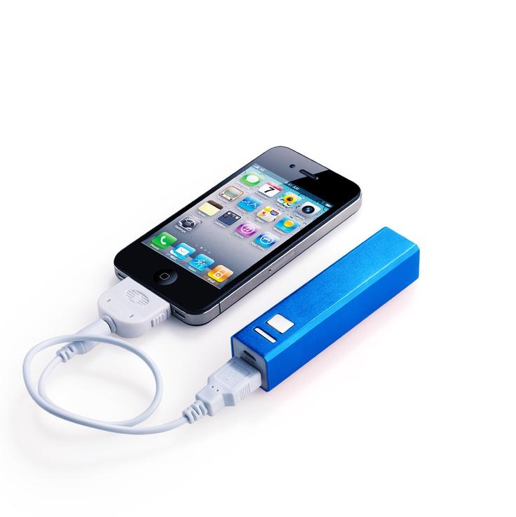IBat 2200  -  Precio normal $599 - Oferta $399   Carga tu celular en donde quiera que estés con esta batería portátil. iBat es compatible con iPhone, Blackberry, iPad, Android, PSP, Cámara digital, etc.