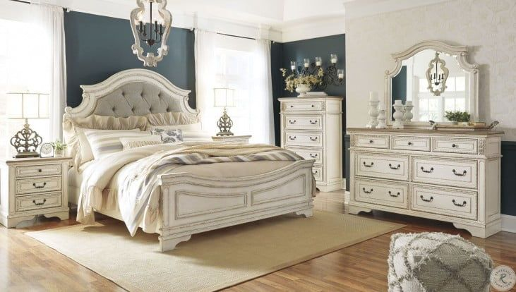 Realyn Chipped Two Tone Upholstered Panel Bedroom Set In 2020