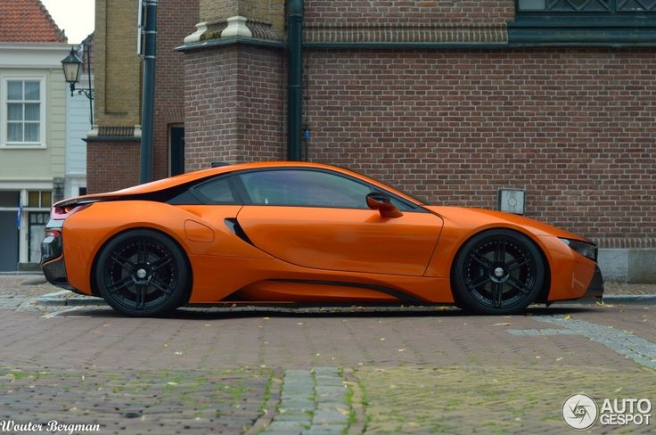 Manhart's BMW i8 Wrapped in Orange and Black Spotted in the Netherlands - Photo Gallery