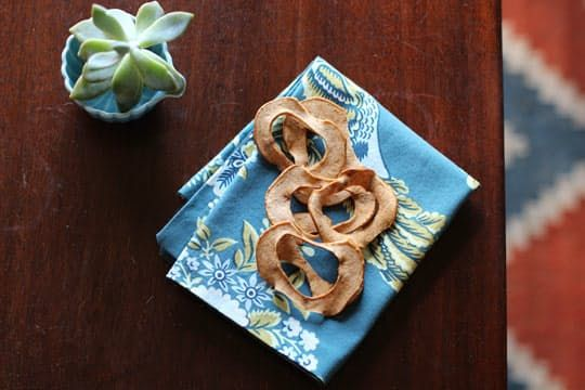How To Make Oven-Dried Apple Chips