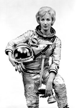 17 best images about science life and death on pinterest for Female space suit