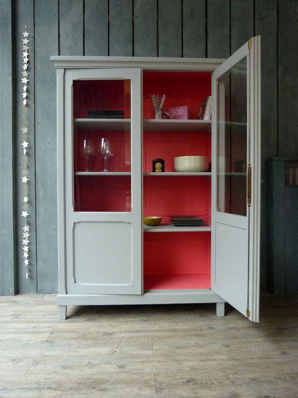 Armoire vitrée Gris Galet/Rose Fluo - Atelier Charivari