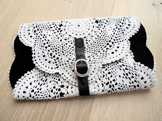 Doily clutch (Inspiration), I like the look of this, I may have to see about reproducing this. In red and white though, the black is too formal.