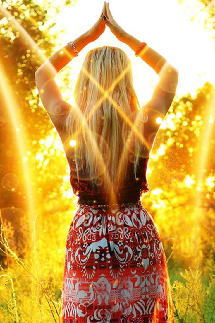 Гадание на Домино — Восходящее солнце.  Гадание на домино – Восходящее солнце. Это гадание используется для анализа волнующей ситуации; что послужило причиной развития ситуации, что происходит в данный момент, а также как данная ситуация может повлиять на вас и вашу жизнь #гадание #гаданиенадомино #гаданиенакостях #астротарот #astrotarot