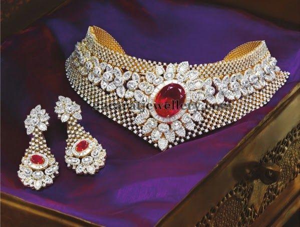 Jewellery Designs: Remarkable Diamond Necklace