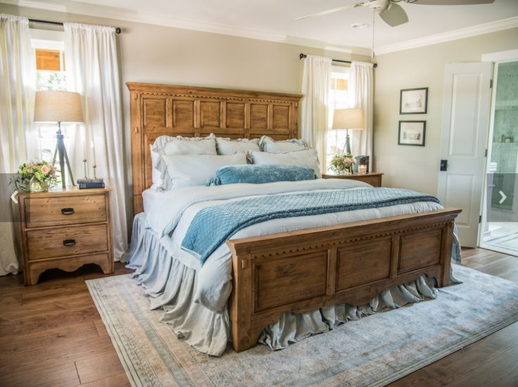 2689 best all things magnolia homes fixer upper images on for Fixer upper bedroom designs