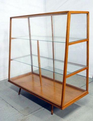 Unieke vitrinekast '50s | Gevonden op Marktplaats