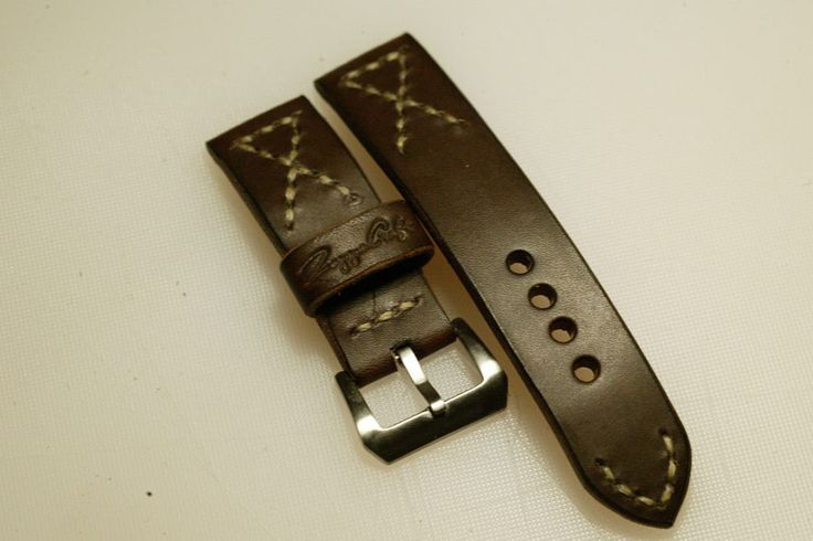 24mm natural hand made leather strap :http://zappacraft.com/index.php/product/no-13-natural-hand-made-leather-strap/