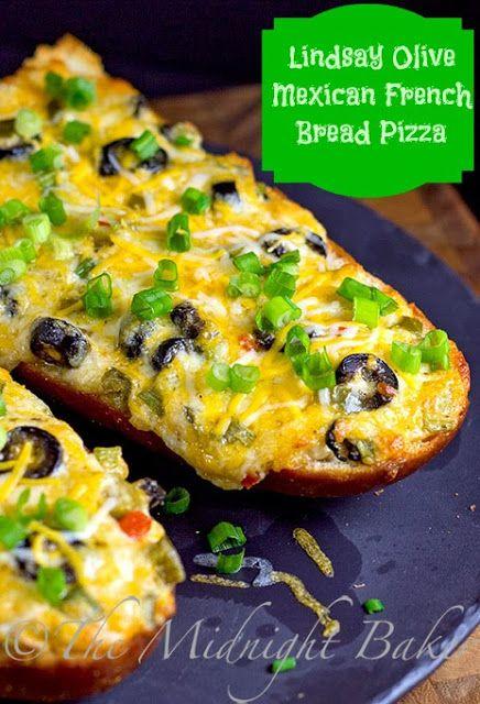 Lindsay Olives, french bread pizza | bakeatmidnite.com |  #HolidayAdvantEdge #shop #cbias