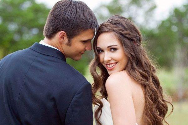 Peinado de novia con pelo suelto y ondas  #bodas #elblogdemaríajosé #peinadonovia #trenza