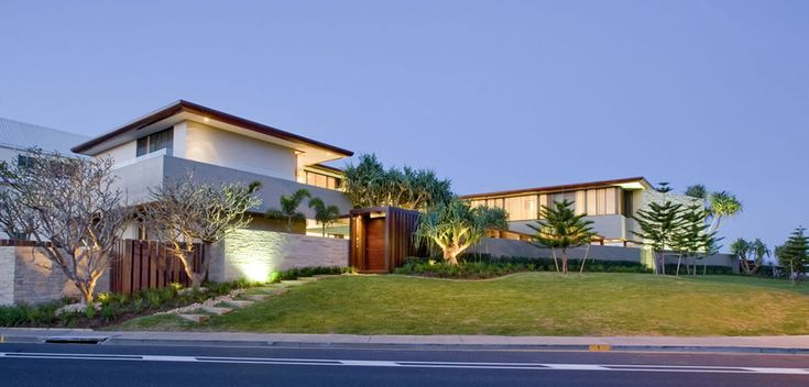 """A modern house from """"down under"""". A  house by the beach that doesn't fail to deliver a clean and laid back environment, exactly what you expect to find in a beach house."""