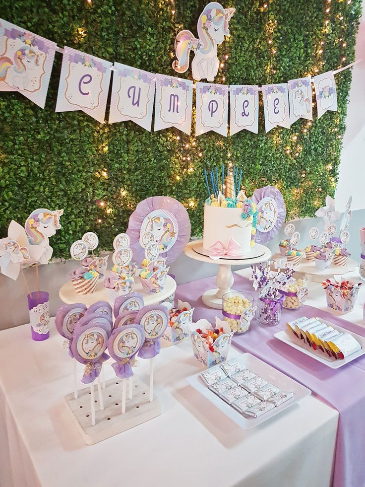 146 mejores im genes sobre unicornios en pinterest mesas On mesa de dulces de unicornio