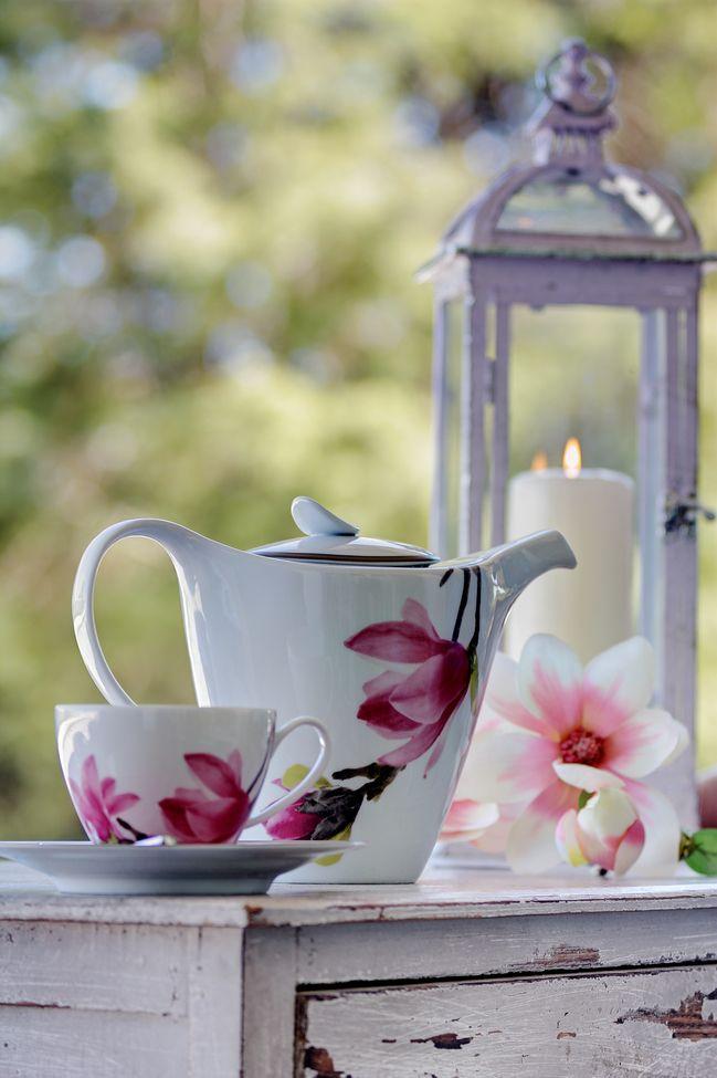 """Magnolia"" Porcelain #HomeSweetHome #GreenApple #GAhomestyle #homestyle #Porcelain #cozy #limoges"