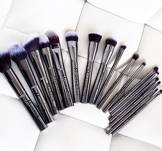 @morphebrushes #gunmetal collection! Arnt they a beaut