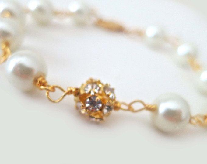 Blanco brazalete de perlas, pulsera de oro de la boda, brazalete de perlas de novia, joyería de la boda, joyas novia, pulsera de Dama de honor, cristal, Rhinestone