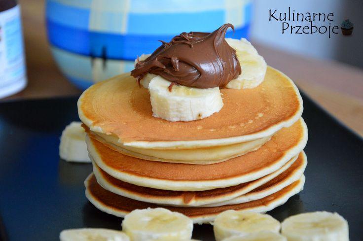 Puchate naleśniki na maślance to idealny pomysł na śniadanie. Wypatrzyłam je u Ewy na jej blogu Around the flavors i troszeczkę zmodyfikowałam. Puchate placuszki z nutellą i bananami lub z dżemem wiśniowym smakują obłędnie :)  Składniki: 1,25 szklanki mąki pszennej tortowej (ok. 200g) 3 płaskie łyżeczki cukru zwykłego 16g cukru wanilinowego szczypta soli 2 […]