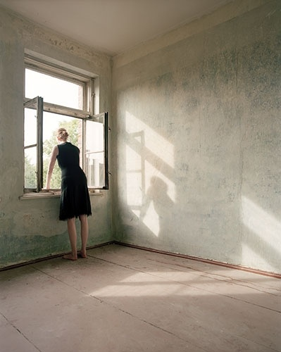 The recurring theme of a woman by the window. This time a photo by Andrej Glusgold based on a painting by my favorite Dannish painter Hammershoi.
