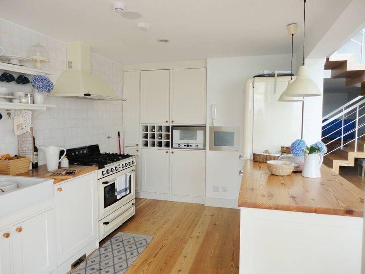 Cozinha : Cozinhas ecléticas por GAAPE - ARQUITECTURA, PLANEAMENTO E ENGENHARIA, LDA