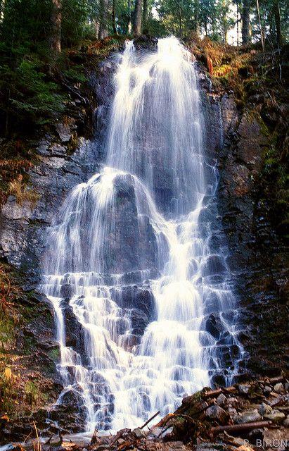 Rundstein   - Massif des Vosges sa cascade