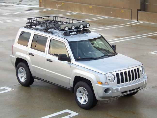 Pacifica Roof Rack additionally Roof Rack Jeep Patriot in addition Audi A4 With Whispbar Roof Racks also Gobi Stealth And Ranger Roof Rack moreover C er Shell For 2005 Toyota Ta a. on rhino rack basket